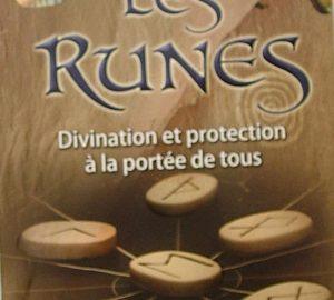 Les Runes. Divination et protection à la portée de tous-0