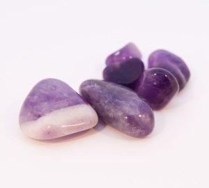 Améthyste (pierres roulées).-0